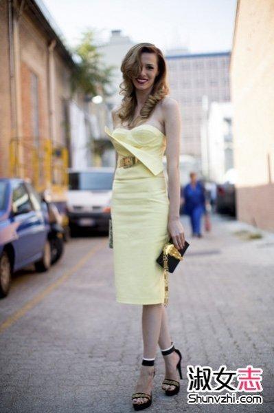 夏季欧美潮女的手拿包出街选择