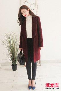 女士冬季大衣搭配什么鞋子和打底裤