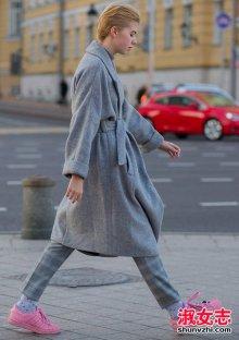 街拍羊毛大衣搭配穿出英伦气息