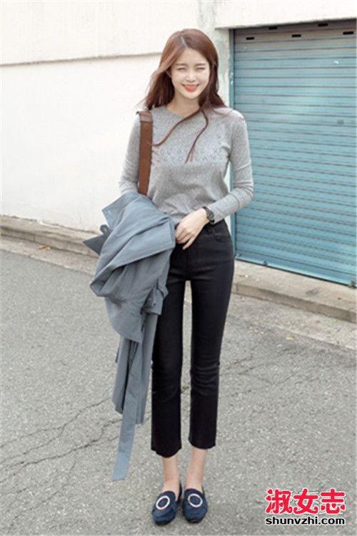 秋天穿九分裤百搭 韩国街拍示范 九分裤配什么上衣