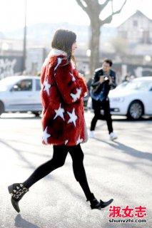 街拍时尚女人冬季皮草搭配