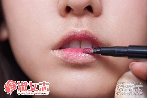 唇色也要混搭 双色唇妆这样画才对 唇妆的画法