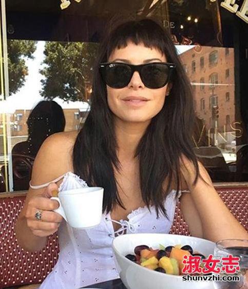 30岁的女人适合剪短刘海吗 不规则浏海推荐图片