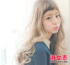 奶茶棕色头发图片 最新奶茶棕色发色