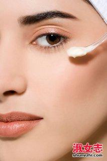 用眼霜会不会长脂肪粒 眼霜用法技巧