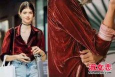 丝绒连衣裙怎么搭配 丝绒裤子怎么搭配