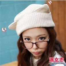 毛线帽怎么搭配 冬季女生毛线帽戴法