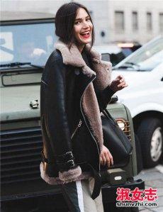 羊羔毛外套怎么搭配 看这些时髦的穿法
