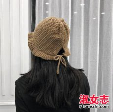 2017年冬季流行的女生帽子搭配