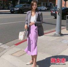 女装紫色单品怎么搭 女生紫色衣服街拍