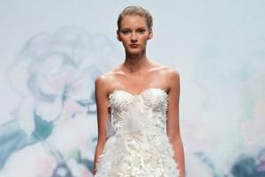 小个子适合穿什么样的婚纱 个子矮穿什么婚纱