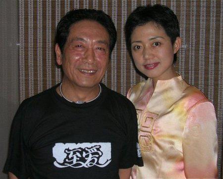 有老婆吗_老戏骨王奎荣的老婆照片资料 有几个孩子