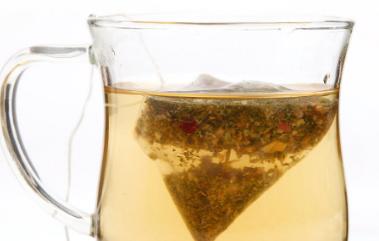 荷叶茶适合什么人喝 怀孕能喝荷叶泡水吗图片