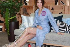 陈慧琳穿的透明长靴是什么牌子 真是看不懂这时尚
