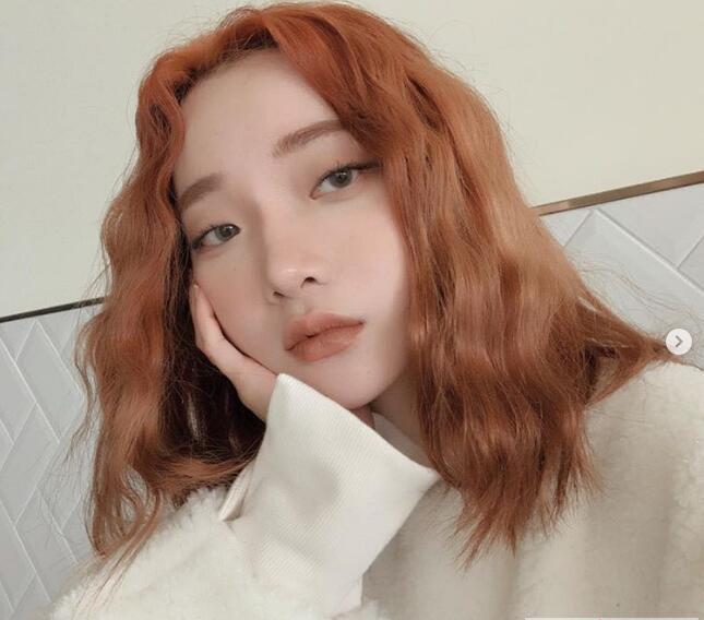2019年流行发型和发色 做好护色和护发图片