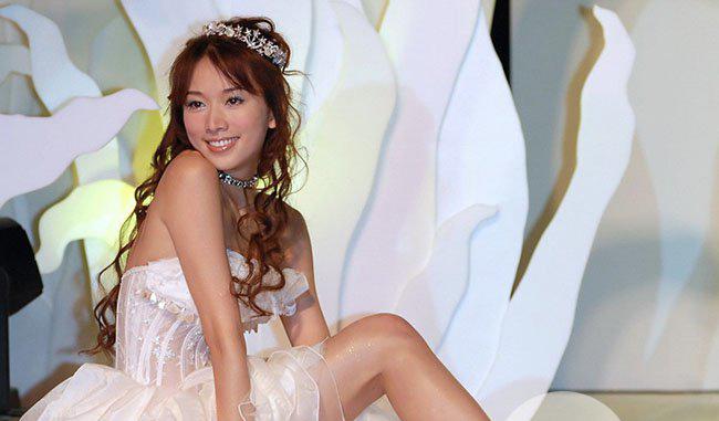 林志玲的裸妆的照片 素颜还是依旧那么美