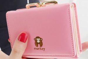 粉红色的钱包都有哪些款式 聚财还是破财