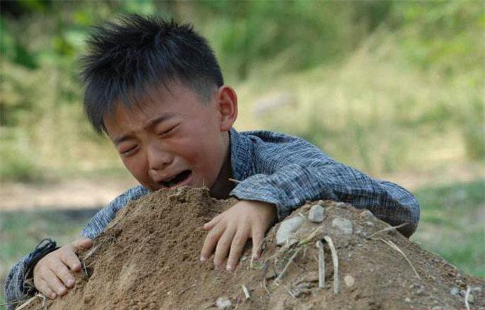 童星郑伟现在怎么样了 郑伟长大之后的全身照