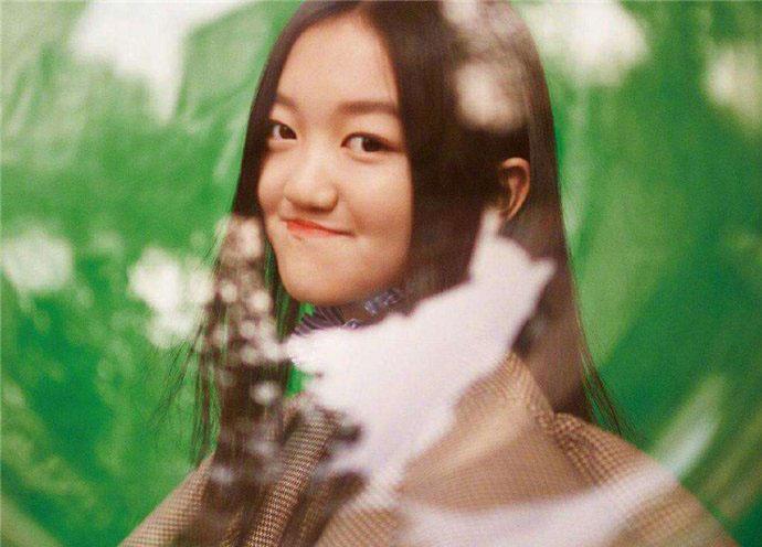 李嫣的闺蜜小苹果是谁 李嫣和闺密逛街被拍
