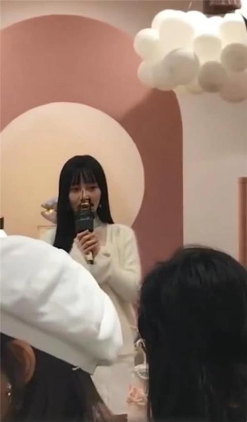 李小璐为甜馨庆生 贾乃亮微博送祝福