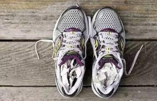 鞋里有脚臭味怎么去除-第1张图片-IT新视野
