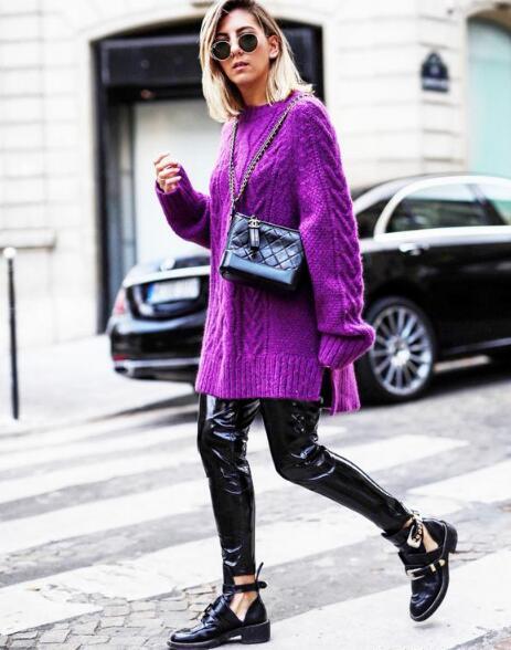 紫色长款毛衣
