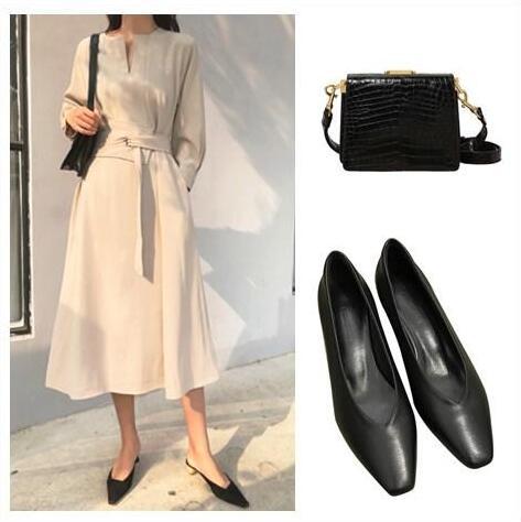 纯米白色微V复古连衣裙 平头纯色鞋