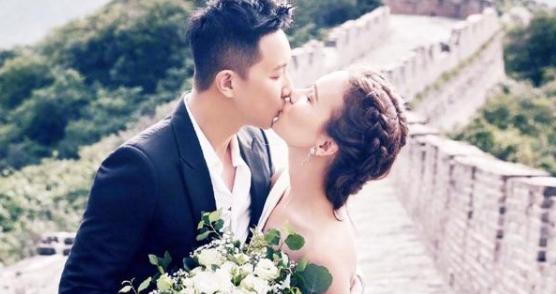 韩庚卢靖姗婚礼照全家福 中式婚礼现场曝光