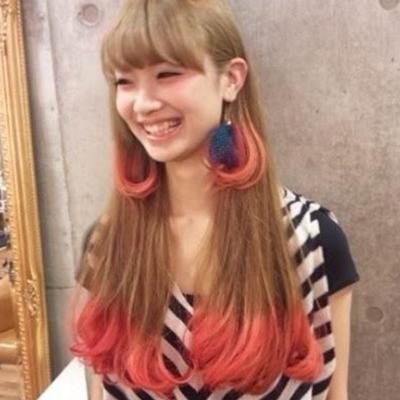 发尾挑染红色头发_发尾渐变色头发图片 适合黑色头发的发尾渐变 - 淑女志
