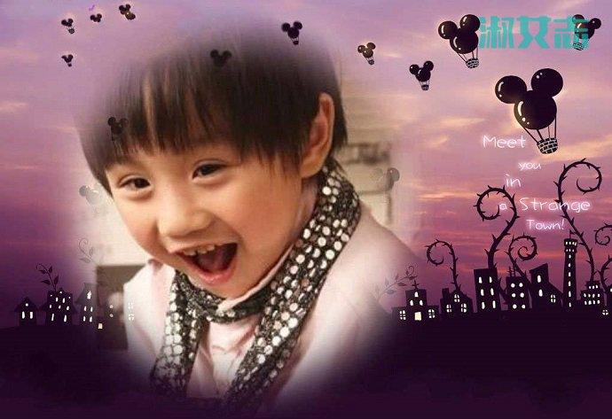 小小彬笑容照片灿烂